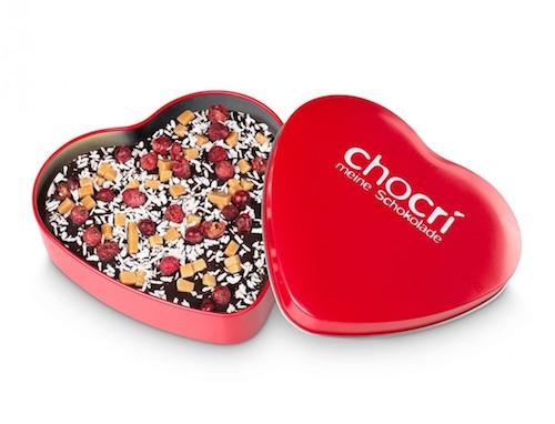 Individuell zusammengestellte Schokolade in Herzform
