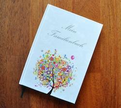 Besondere Taufgeschenke: Familienbuch zur Erinnerung an die Taufe