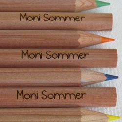Geschenke zum Schulanfang: Buntstifte mit Namen