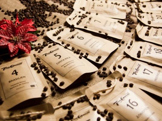 Origineller Adventskalender gefüllt mit Kaffee statt Schokolade