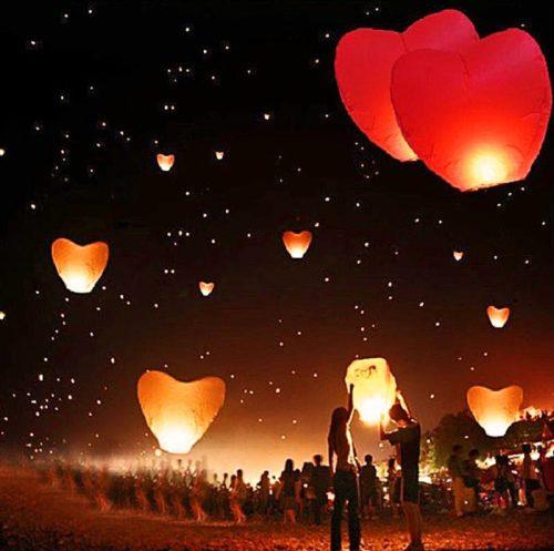 Hochzeitsspiele: Herz-Himmelslaterne