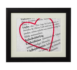 Einzigartige Hochzeitsgeschenke: Liebesdefinition mit Namen des Brautpaares