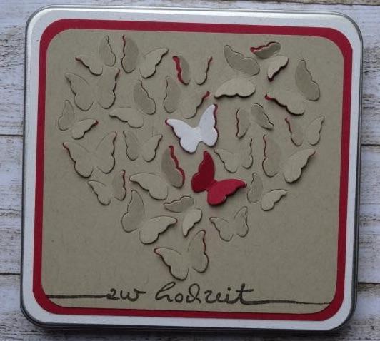 Geldgeschenk zur Hochzeit: Geschenkdose mit Schmetterlingen