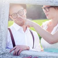 Hochzeitsspiele: Hochzeitsfotos mit Accessoires