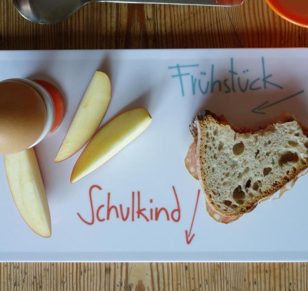 Geschenk zur Einschulung: Frühstücksbrettchen für's Schulkind